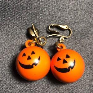 Vintage Pumpkin Earrings